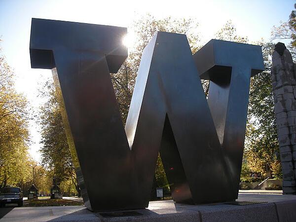 UW bronze W
